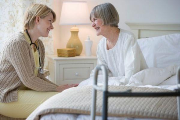 Пособие по уходу за родителями инвалидами: как получить, размер